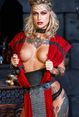 Tattooed Queen Kleio Valentien showing off
