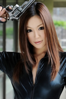 Mika Mizuno - danger asian babe